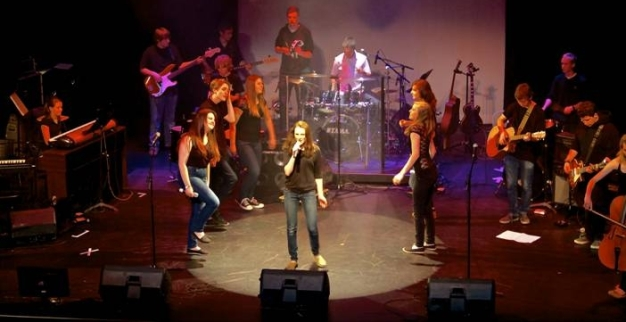 Abby Woodhouse takes centre stage at GBSS Idol